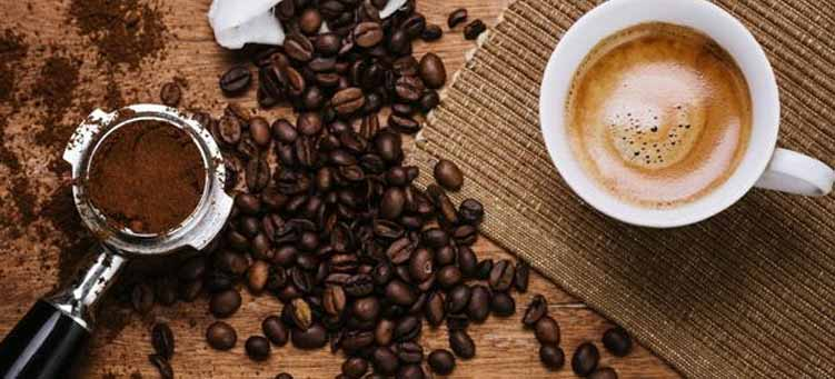 Can drinking coffee raise your blood sugar?